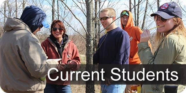 Photo of UK forestry students during spring field semester